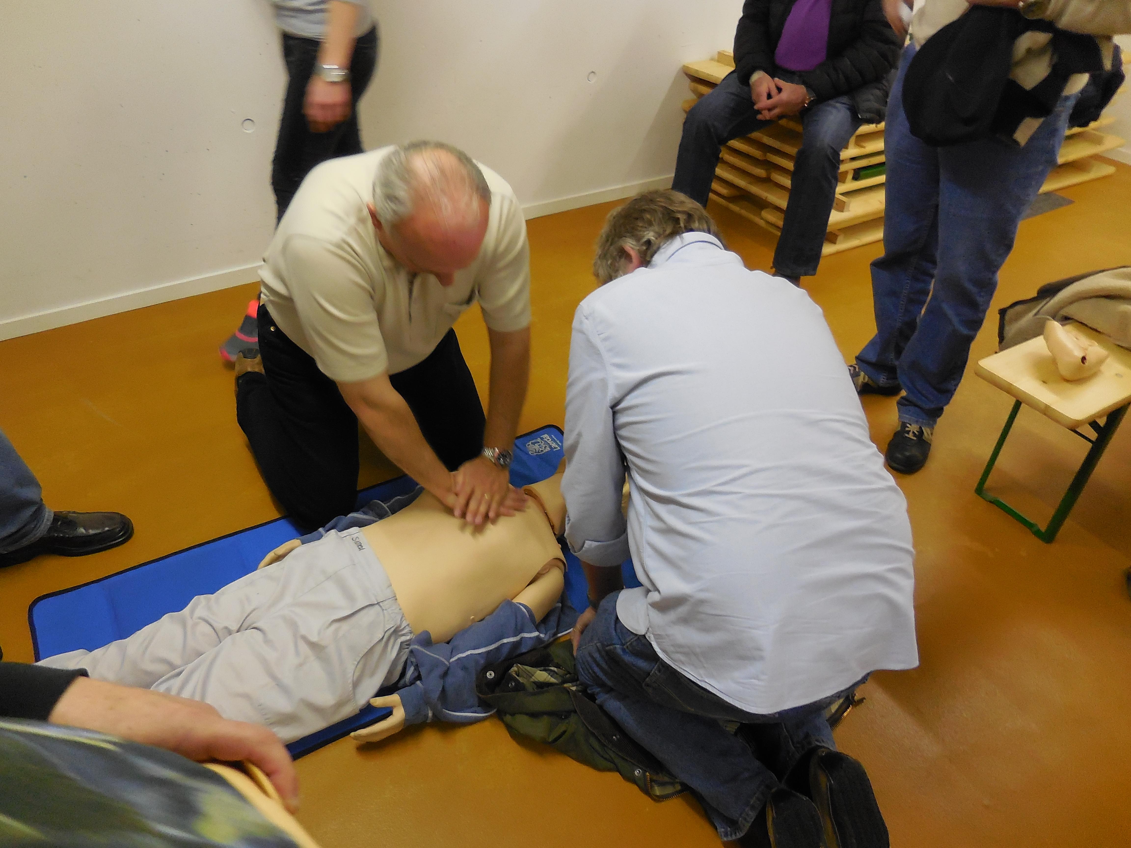 """Auffrischung """"Erste Hilfe"""" 21.02.15"""