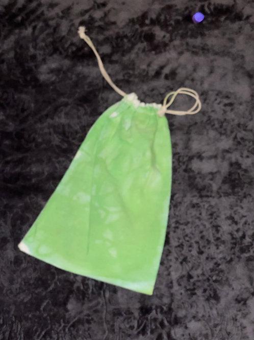 Pull cord bag