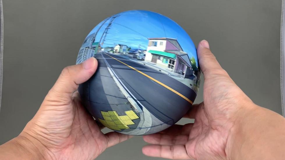 Flatball 2019 No.03  2019 φ17cm  Acrylic paint, acrylic resin