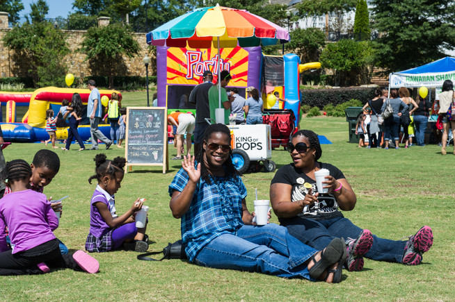 Lillian Webb Park hosts family-friendly festivals, movie nights, and events year round to bring our community together. You can even rent out the facilities to host your next gathering!