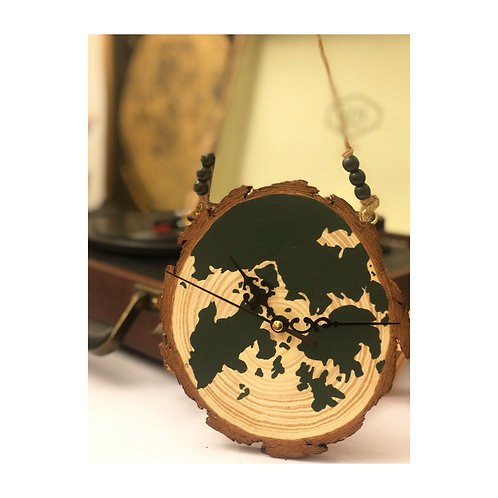 'HOME KONG' wood slice clock hanger