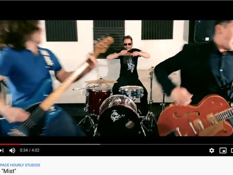 11TenN's video for song Myst