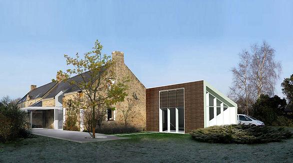 Terrasse connecte l'exsitant et l'extension. Simon Guienne-Architecte à Paimpol