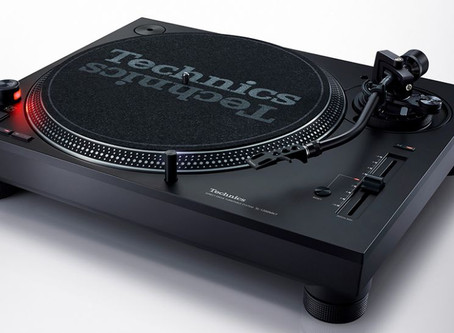 Technics relaunches legendary DJ turntable with SL-1200 MK7