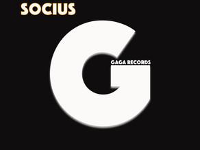 Klein Kuss & G-Bace - Socius