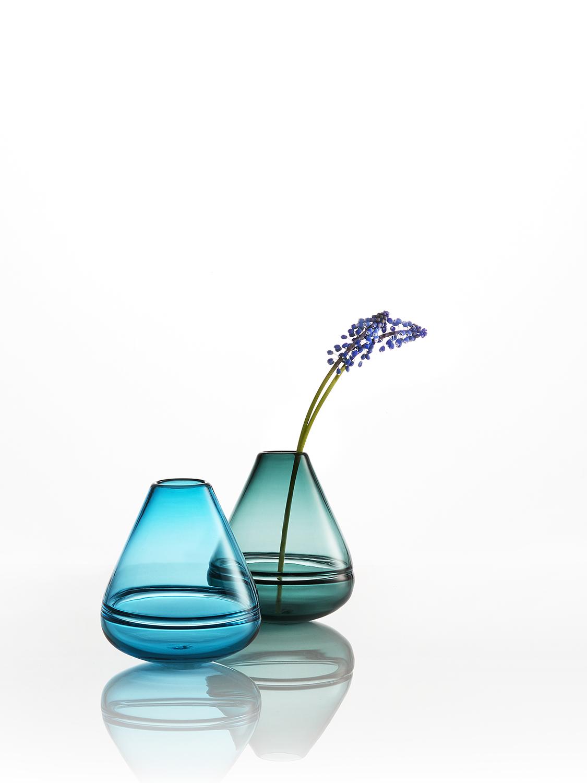 Wobbling Vases