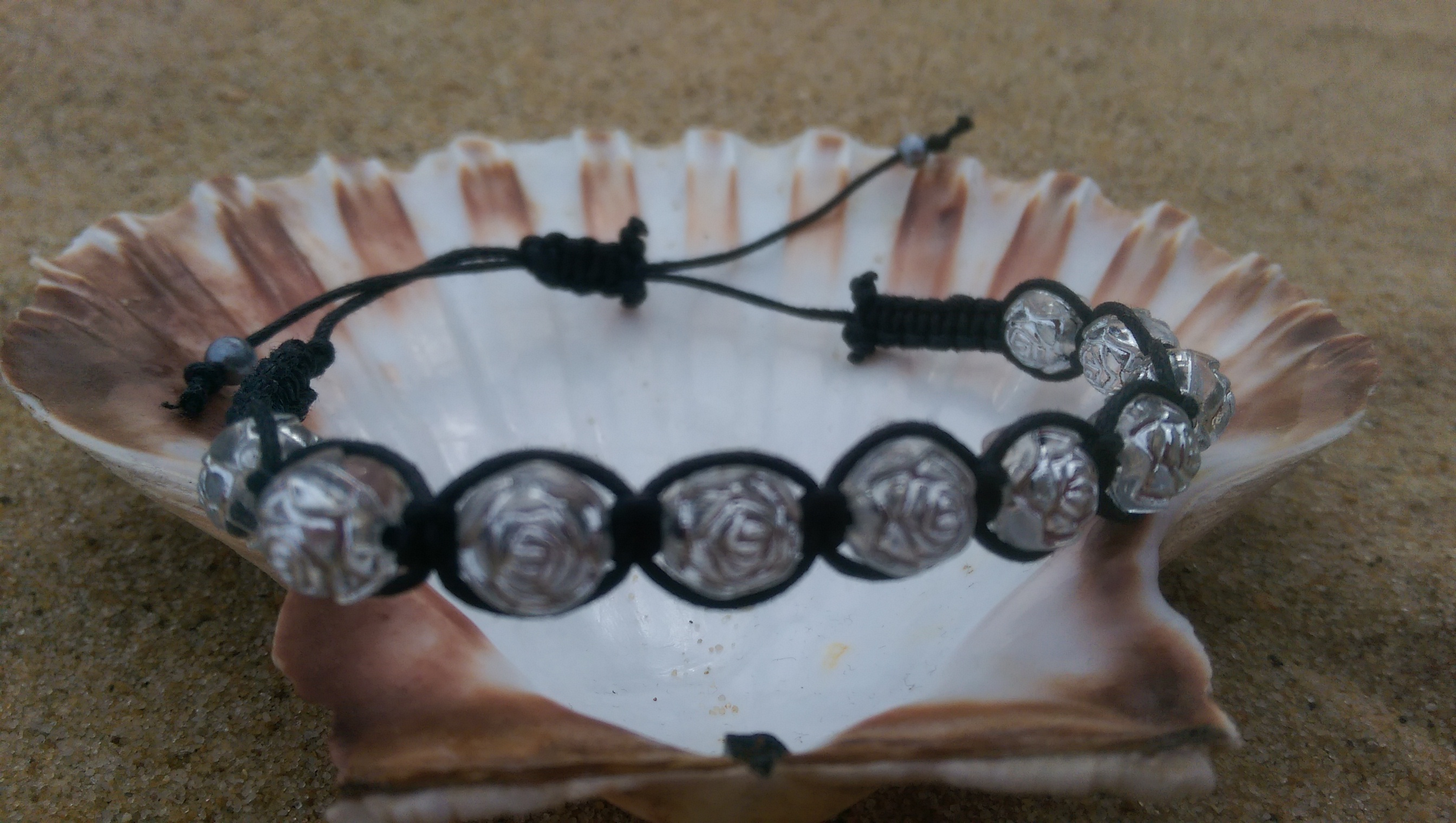 Silver rose shamballa-style