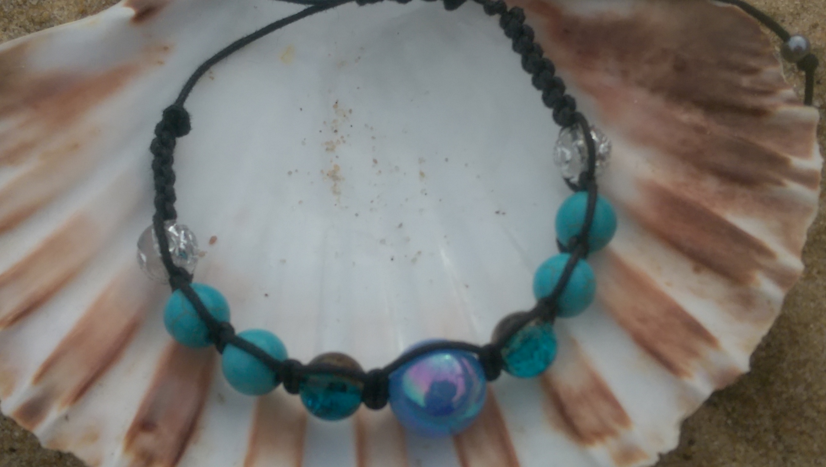 Silver and turquoise shamballa-style