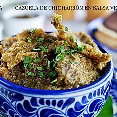 Cazuela de Chicharrón en Salsa Verde