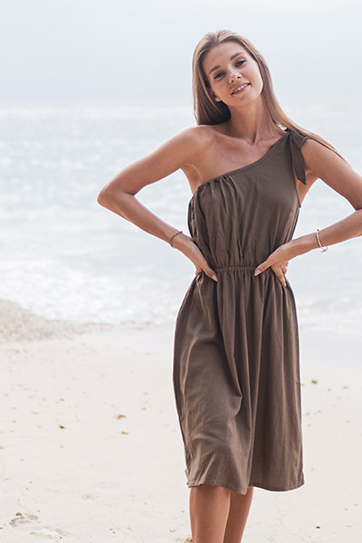 Runway oneshoulder dress