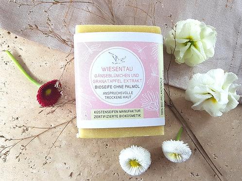 SEIFE WIESENTAU mit Granatapfelkern-Extrakt und Gänseblümchen