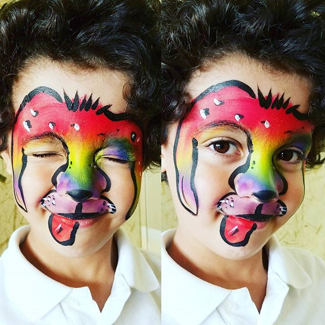 I love the rainbow dog! My first request _) #nanycaritas #rainbow #rainbowdog #brooklynfacepainter