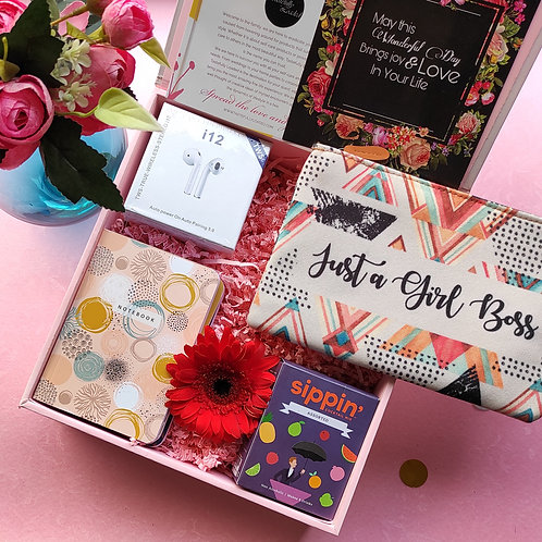 THE BOSS BABE BOX
