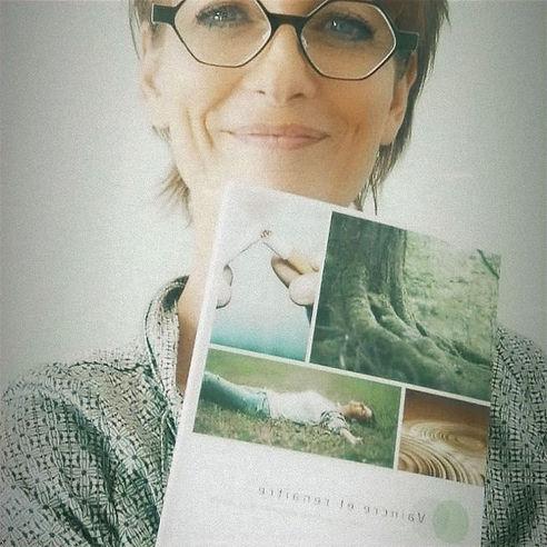 Laure TIRROLONI Auteure