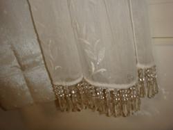 奥様のアトリエのオリジナルカフェカーテンのアップの画像です。_9930140946_l