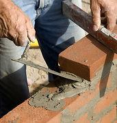 Reparation af revner i pudset facade