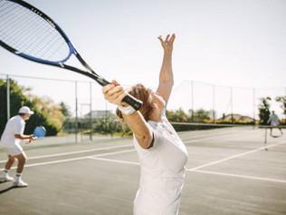 Le tennis, un sport idéal aussi pour des séniors !