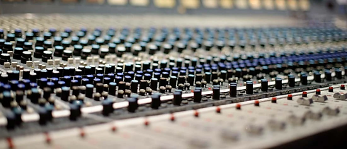 mixing-console.webp