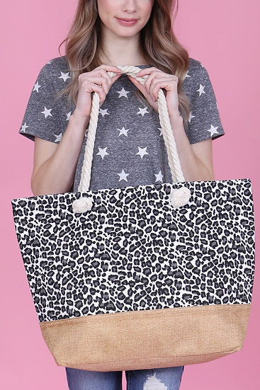 Hdg2702wt - White Leopard Printed Tote Bag