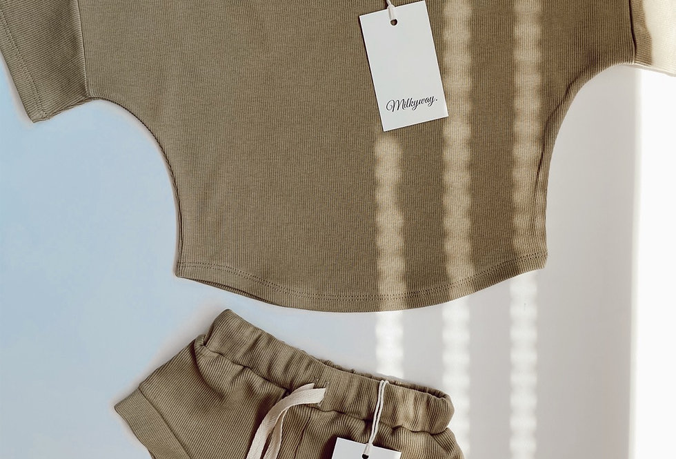 Ribbed T-shirt - Olive