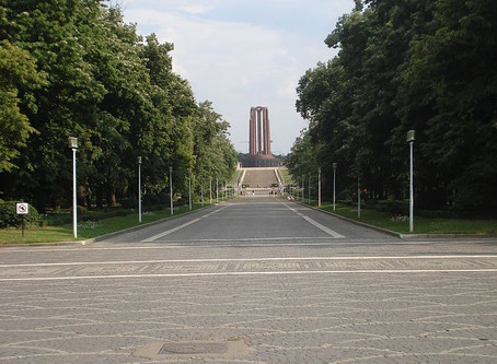 Communism's Emptied Tomb: the Carol Park Mausoleum