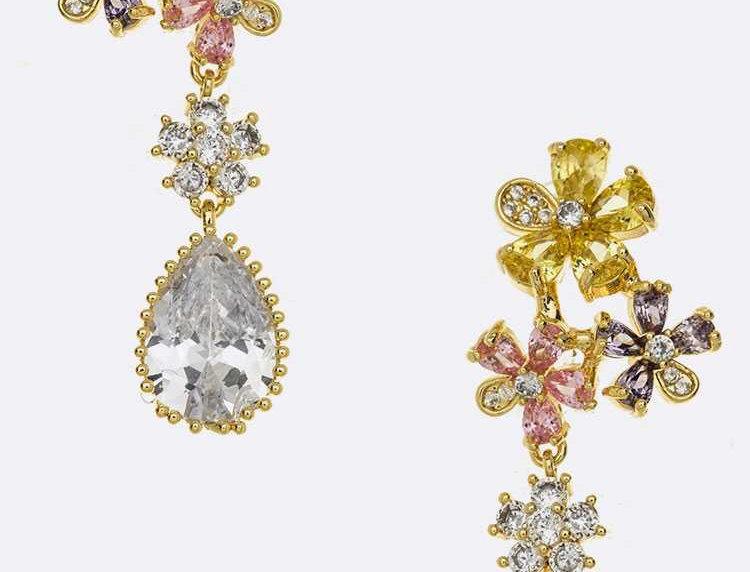 Dangling Flower Stone Earrings