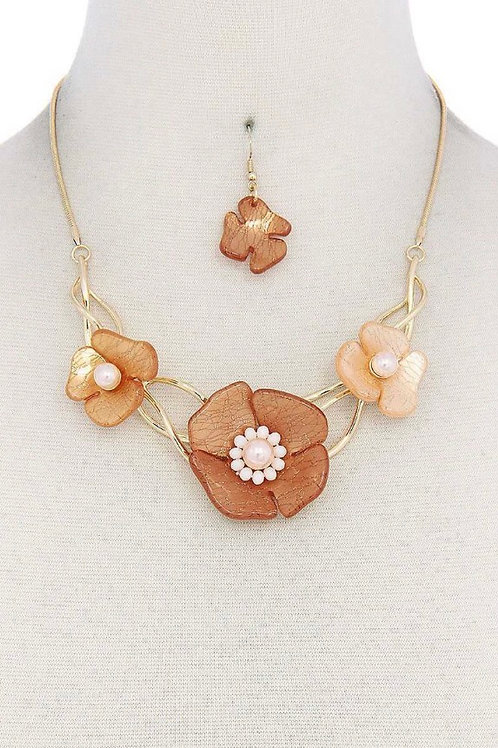 Acrylic Tan Colored Flower Necklace