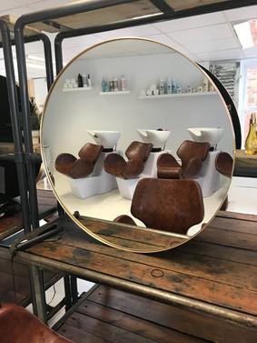salon picture 2.JPG