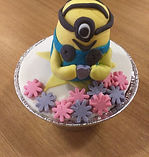 decorated cupcake whit fondant