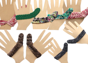 4 single hand forms with kitted covers that strech across the palm and over the thumb in various colors. There are 2 sets of matching hand forms with coordinated knitted covers.