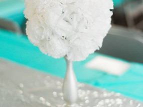 The Thrifty Bride: Easy Peasy Center Pieces