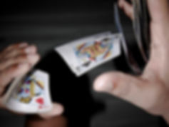 קסמים עם קלפים