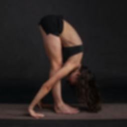 body-stretching-yoga-beauty-35987.jpg