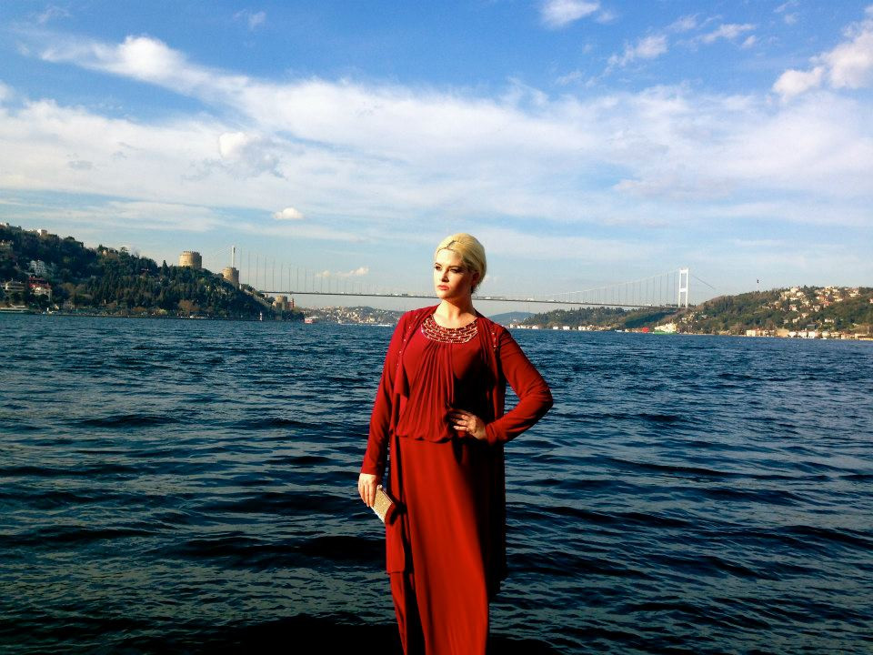 whitney, whitney thompson, model, travel blog, travel, fashion, turkey, plus, curve, antm, america's next top model, bosphorous