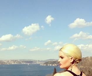 travel, travel blog, whitney, whitney's wanders, model, istanbul, antm, plus model, blonde, things to do, success