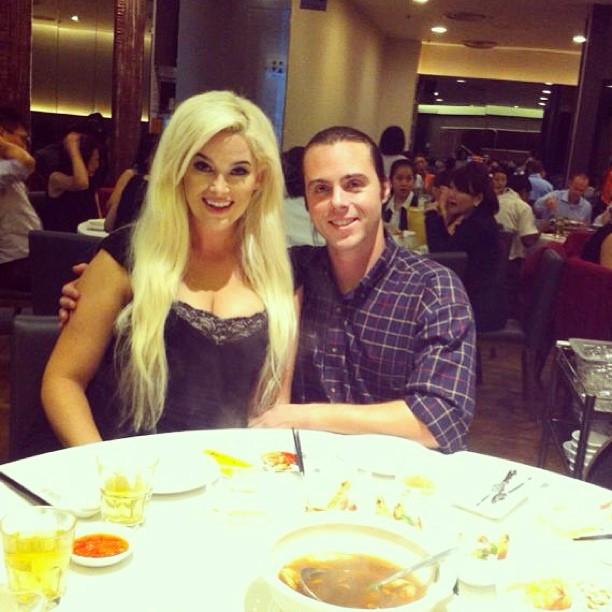 chili crab, singapore chili crab, national dish, singapore, america's next top model, winner, whitney, whitney thompson, model, plus model, curve, husband, wife, couple, travel, travel blog, asia