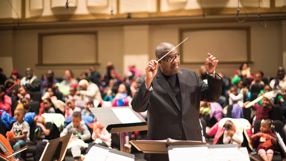 Kevin McBeth Marks Ten Years As St. Louis Symphony Orchestra IN UNISON Chorus Director
