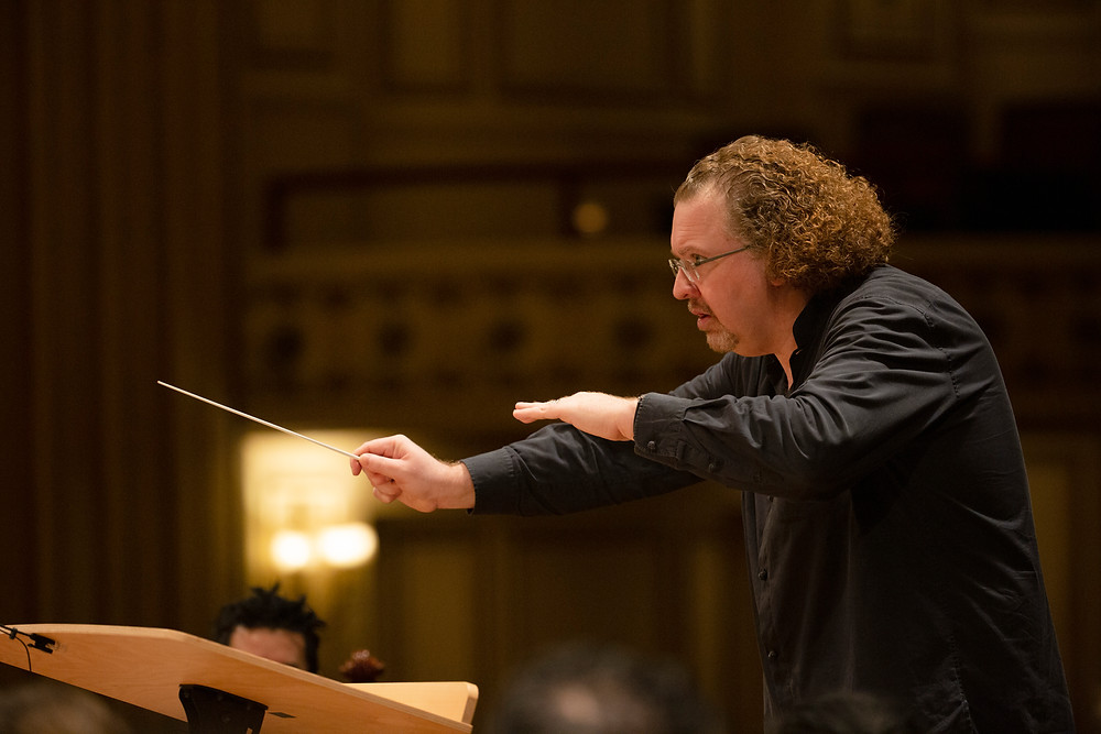 Stephane Deneve conducting the St. Louis Symphony Orchestra at Powell Hall