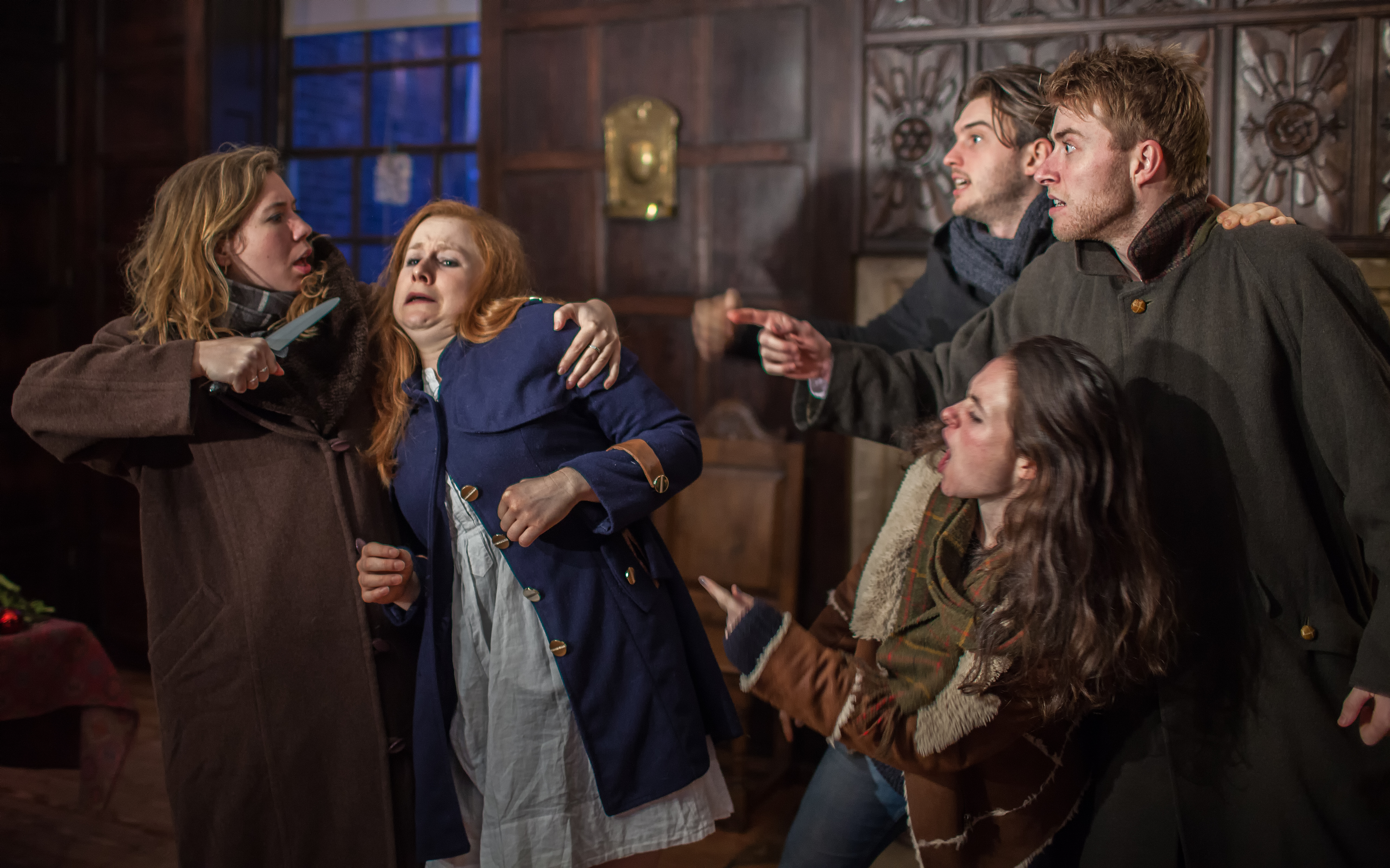 Gerda attacked by robbers