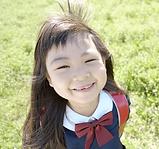 笑顔の女児