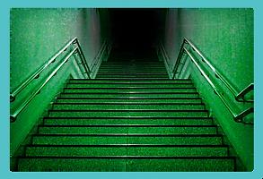 不気味な階段