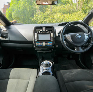 Nissan Leaf 2014-8.jpg