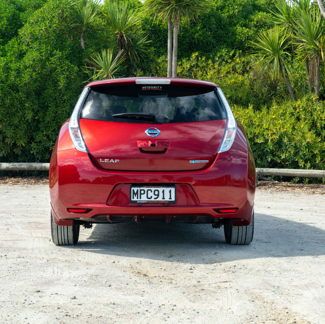 Nissan Leaf 2014-5.jpg