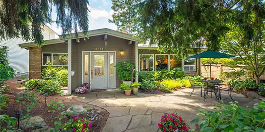 Home sold by Rebecca Bomann at SASH Realty for $820,000 in West Seattle