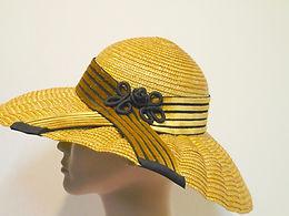 Vintage hat - yellow straw