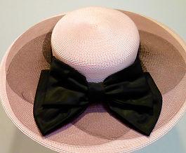Vintage hat - pink with black ribbon