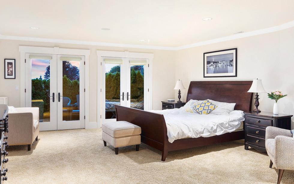 30 - Guest Suite Bedroom.jpg