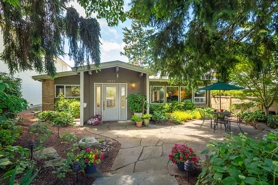 Home sold by SASH Realty in West Seattle