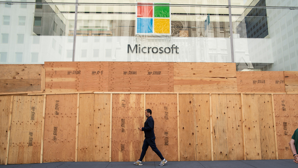 Image of Microsoft Retail store that is Closing Stores to Focus on Online Sales