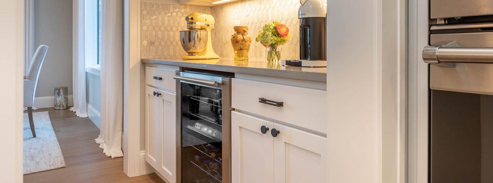 11 - Kitchen.jpg